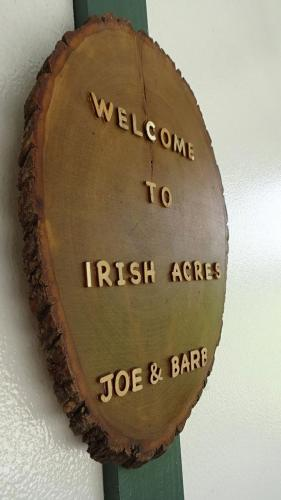Irish-Acres-Barn-19